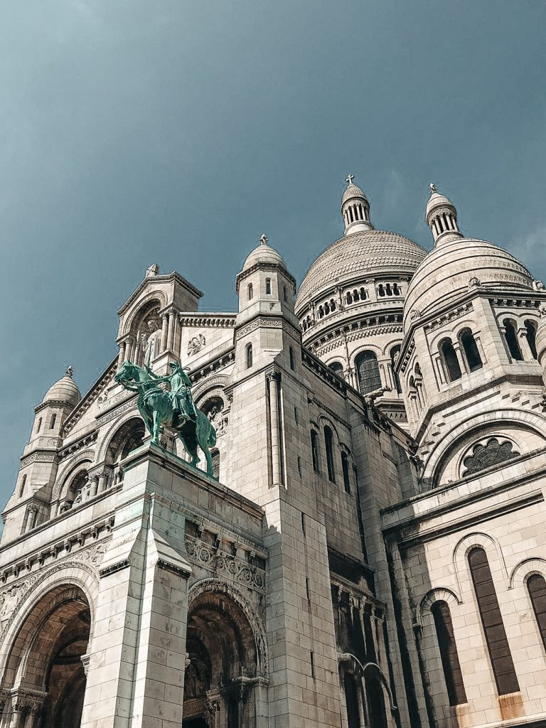 Paris Sacre Cher travel guide