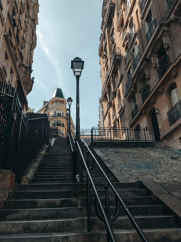 Paris travel guide montmartre