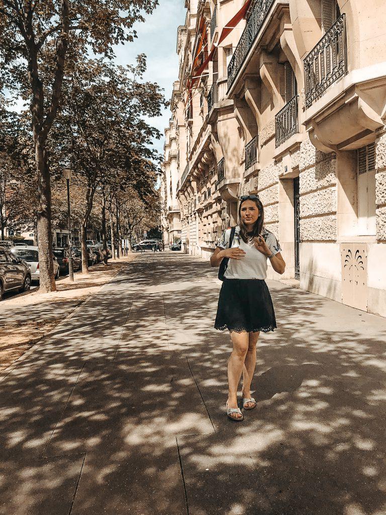 Paris travel guide street style